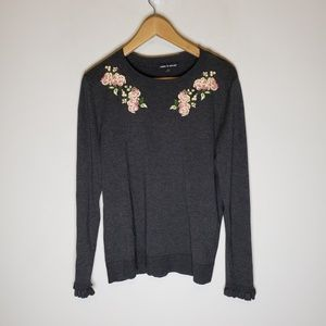 Cable & Gauge Gray Floral Embroidered Sweater